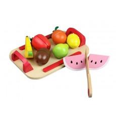 Pjaustomi vaisiai padėkle