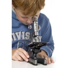 Mikroskopas su pašvietimu -projektoriumi