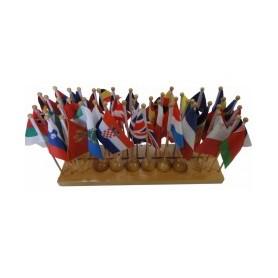 Europos šalių vėliavėlių stendas