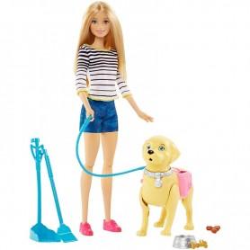 Barbė su vaikštančiu šuniuku