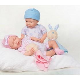 Užsimerkiantis kūdikis su žaislu, 45 cm.